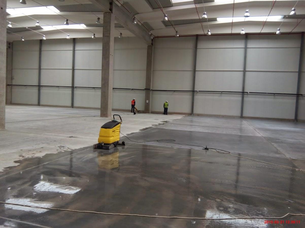 Измиване на бетон
